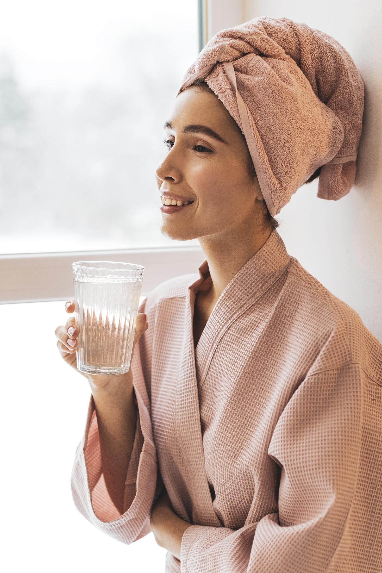 fotograf beauty warszawa, fotograf produktowy kosmetyków, fotograf kosmetyków, beauty photographer warsaw, creative product photographer warsaw